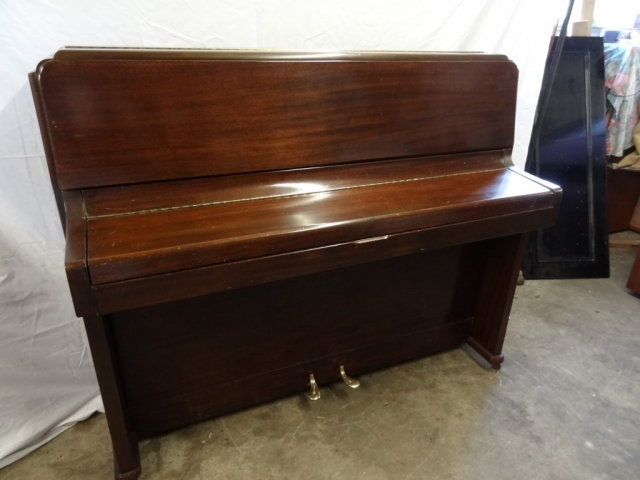 Knight Upright Piano in Mahogany Case 5