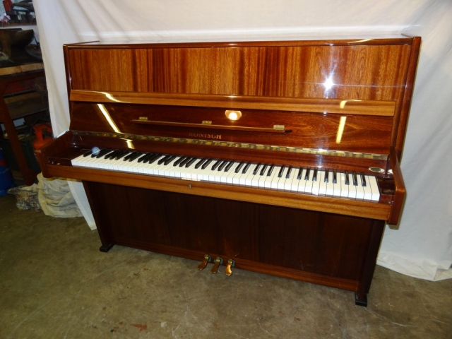 Ronisch Upright Piano in Rosewood Case 1