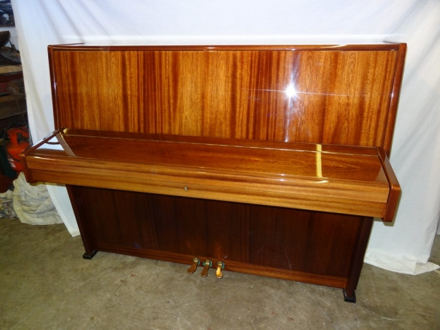 Ronisch Upright Piano in Rosewood Case 2